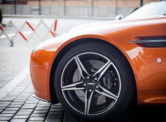 Sell my Aston Martin. Buy my Aston Martin